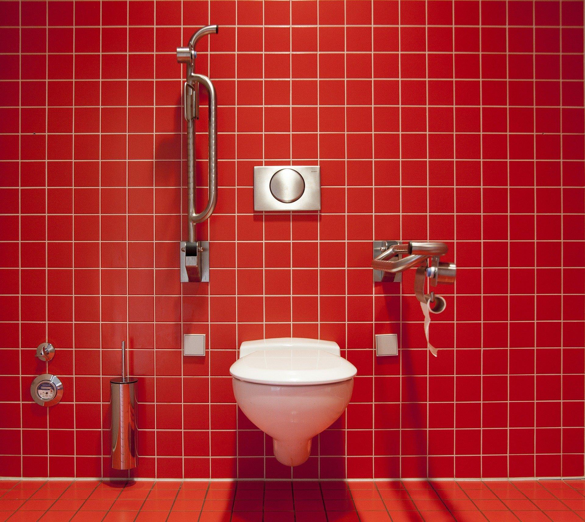 Adapter sa salle de bains pour PMR : les aides financières - RSC