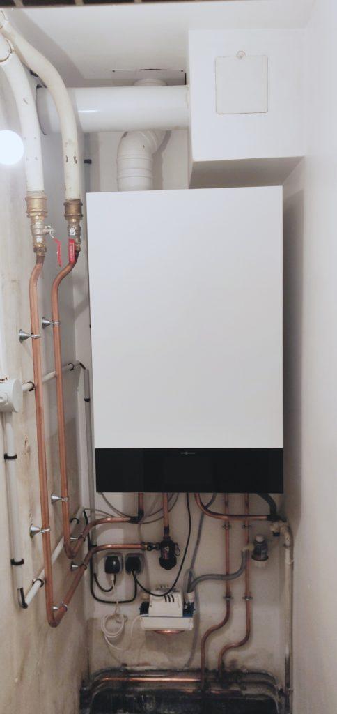 installation d'une chaudière gaz à condensation Viessmann Vitodens 222-W à Compiègne